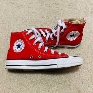Converse Chuck Taylor All Star High Tops Red